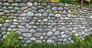 自然石头背景灰色墙壁  免版税库存照片