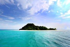 自然石曲拱, Khai海岛, Satun,泰国 库存照片