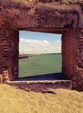 自然窗口向海 免版税库存照片
