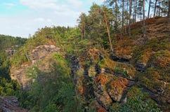 自然纪念碑-捷克瑞士漂泊瑞士或Ceske Svycarsko国家公园 鸟瞰图在夏天 库存图片