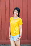自然行动的泰国女孩 库存照片