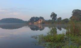 自然风景, aanand sagar池塘,班斯瓦拉,拉贾斯坦,印度 免版税图库摄影