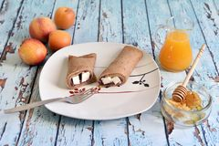 自然,健康和精妙的早餐 免版税库存图片