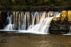 自然水坝 库存图片