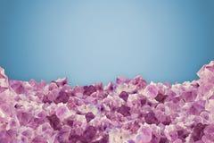 自然紫晶片断在蓝色香草背景的 免版税库存图片