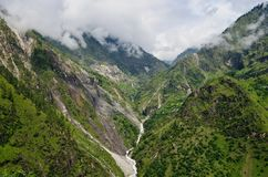 自然绿色风景背景在喜马偕尔邦,印度 免版税库存图片