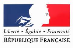 自由、平等、fraternity标志和法国的全国座右铭 库存照片