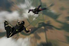 自由下落跳伞运动员 免版税图库摄影