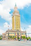 自由塔在街市迈阿密 免版税库存图片