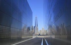 自由塔,空的天空纪念品 免版税图库摄影