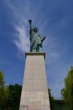 自由女神像的复制品,巴黎,法国 免版税库存图片