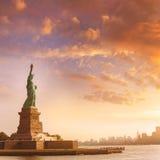 自由女神像纽约和曼哈顿美国 免版税库存照片