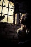 自由妇女梦想在精神病学的监狱的 库存图片