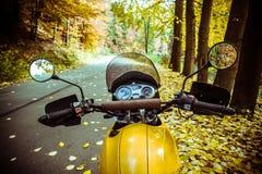 自由摩托车骑马 库存图片