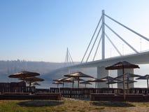 自由桥梁,在诺维萨德伏伊伏丁那,塞尔维亚 免版税库存照片