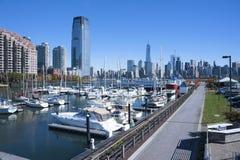 自由港口小游艇船坞新泽西市 免版税库存照片