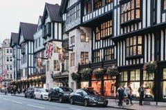 自由百货大楼,伦敦,英国外部  免版税图库摄影
