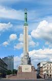 自由纪念碑,里加(拉脱维亚) 免版税图库摄影