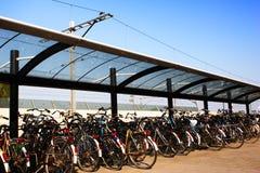 自行车停放了岗位培训 库存图片