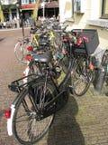 自行车停放了 免版税库存图片