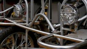 自行车停车处在欧洲 在秋天天 股票视频