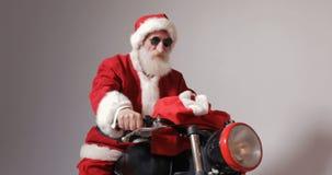 自行车克劳斯・圣诞老人 影视素材