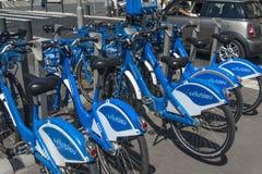 自行车出租细节Promenade du Paillon Nice 库存照片