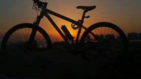 自行车剪影 图库摄影