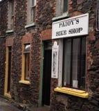 自行车商店的标志幽谷的爱尔兰 库存照片