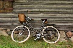 自行车在村庄 图库摄影