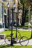 自行车在里加的中心 库存图片