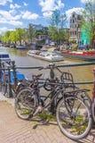 自行车在阿姆斯特丹,荷兰 免版税库存照片