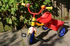 自行车孩子 库存图片