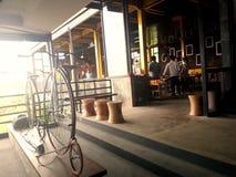 自行车平衡 库存照片