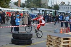 自行车技巧示范29 图库摄影