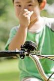 自行车把柄指点 免版税库存图片