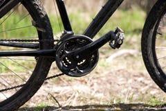 自行车接近的山 免版税库存照片