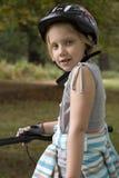自行车末端女孩 免版税库存图片