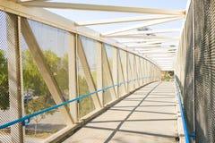 自行车桥梁在圣塔克拉里塔 库存图片