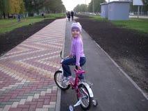 自行车步行 库存照片