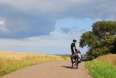 自行车游人 库存图片