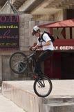 自行车特技 库存图片