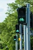 自行车的绿灯 免版税库存照片