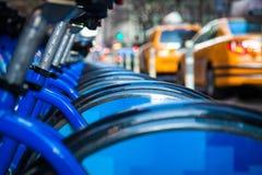 自行车租纽约 库存图片