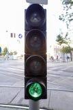 自行车签到绿灯 库存图片