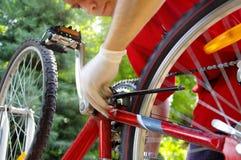 自行车维护和服务 免版税库存图片