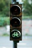 自行车绿灯 免版税库存照片