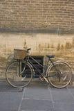 自行车老剑桥 库存图片