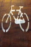 自行车足迹,路标 图库摄影