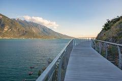 自行车路和小径在Garda湖 免版税库存图片